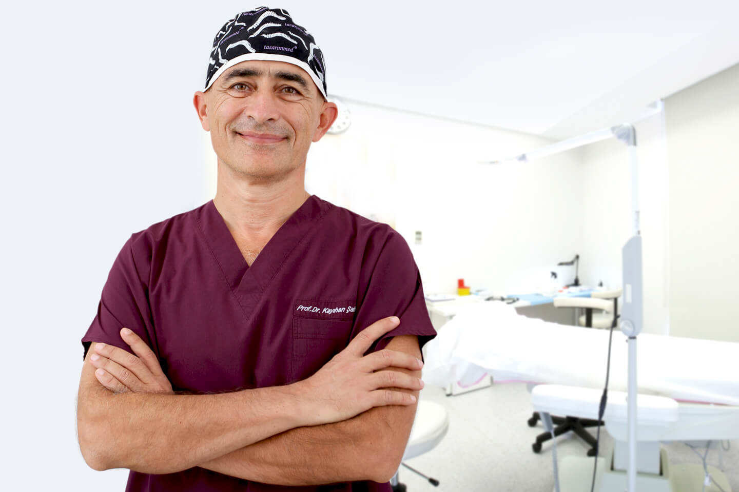 Dr. Kayihan Sahinoglu | Hair Transplant Surgeon